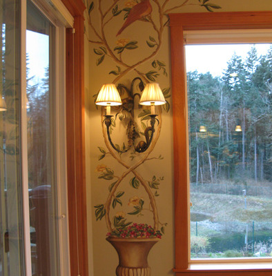 murals trompe l'oeil doorways and views Topiary Mural With Birds Dining Room Tacoma Interior design ideas muralist Bellevue plants garden