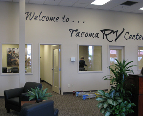 Tacoma RV welcome sign hand painted Tacoma commerical hand painted signs mural artist Seattle